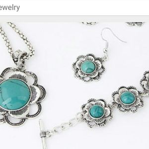 Silver and turquoise  necklace, braclet, earrings